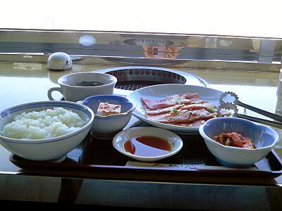 サービス焼き肉ランチ(平日限定 1300円)