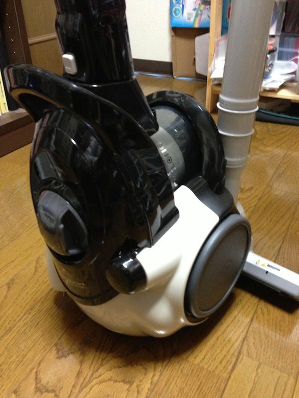 シャープ サイクロン型掃除機 EC-CT12